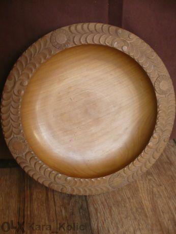 Дървена чиния за декорация