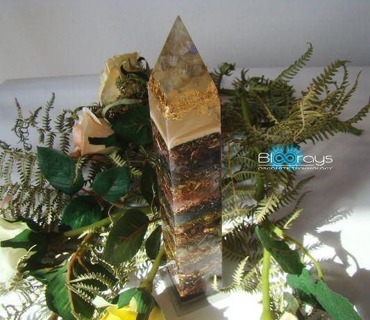 Obelisc Orgonic cu Labradorit, Ametist, Cristal de Cuart, Piatra Lunii