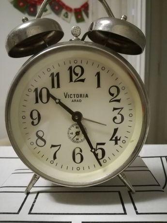 Pentru colectionari - Ceas mecanic de masa produs la Victoria Arad !