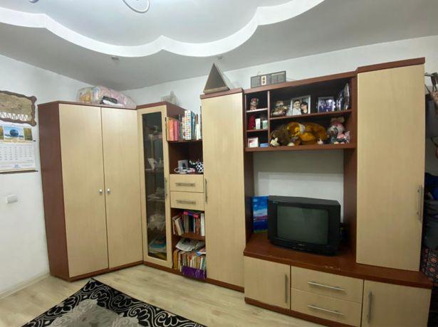 Шкаф/стенка для спальни