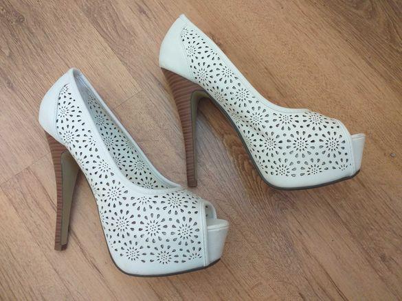Продавам чисто нови обувки