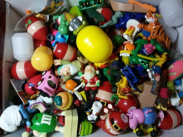 Дребни детски играчки.