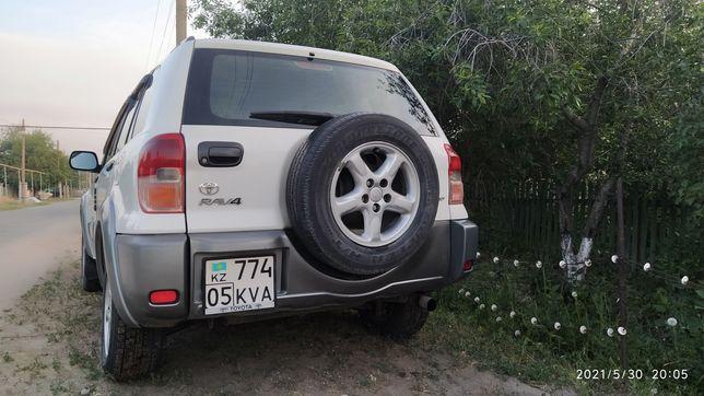 Срочно, Toyota RAV4, 2002г