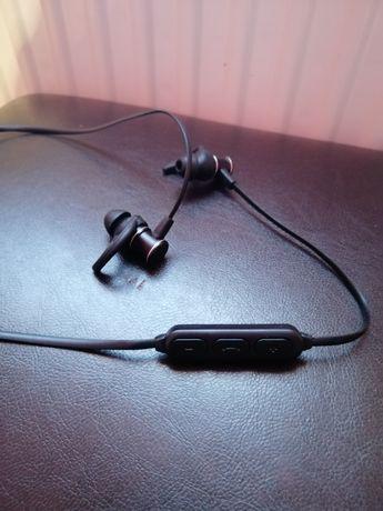 Vand căști Bluetooth