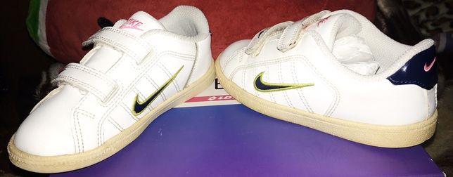 Adidasi Nike nr. 27