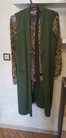 Комплект от дълъг елек на италианската марка Dixie