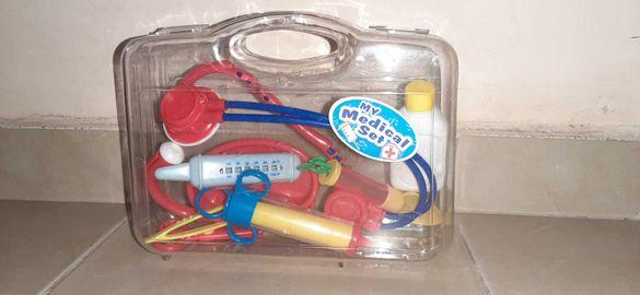 Детски медицински комплект