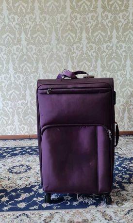 Продам чемодан!!