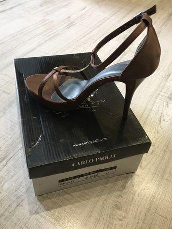 Луксозни дамски сандали от сатен