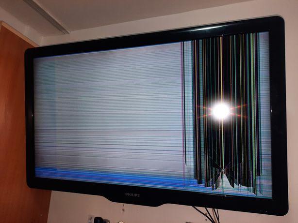 Philips televisor cu  diplay spart de 1.00 cm