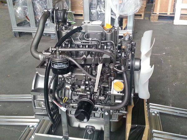 Motor Yanmar 3TNV84T - Nou - Garantie 12 luni