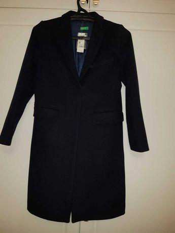 Новое классическое пальто United Colours of Benetton