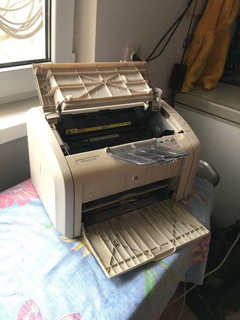 Принтер HP в отличном состояний