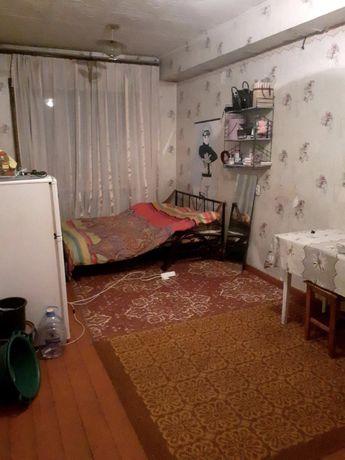 Продам комнату в приватизированном общежитии,Реальному покупателю Торг