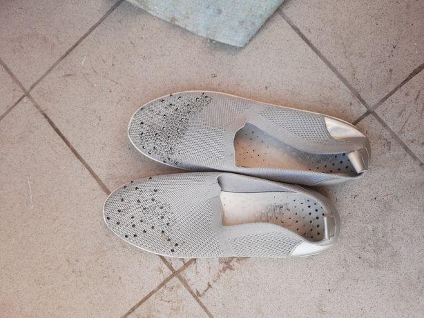 Обувь женская 40-41 размера