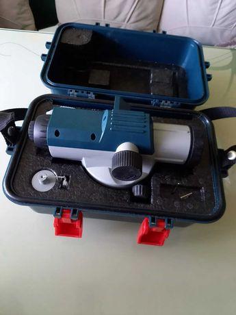 Bosch GOL 26 D оптический нивелир.