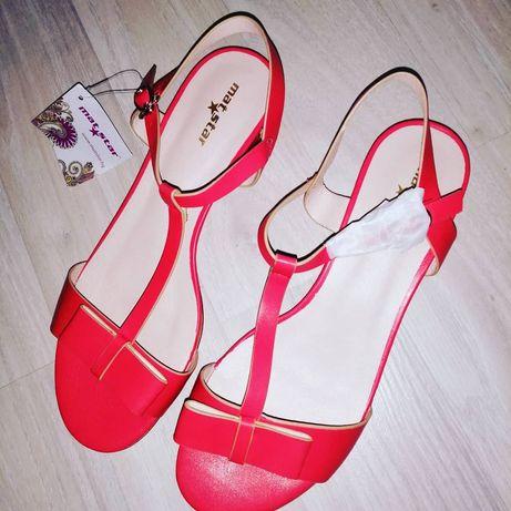 Дамски сандали с нисък ток, Matstar