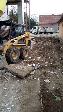 Bobcat ,excavator,miniincarcator executam lucrari  cu utilaje