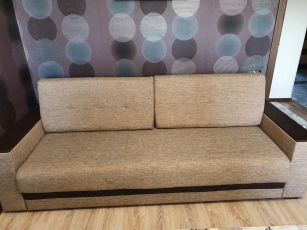 Продам отличный диван!