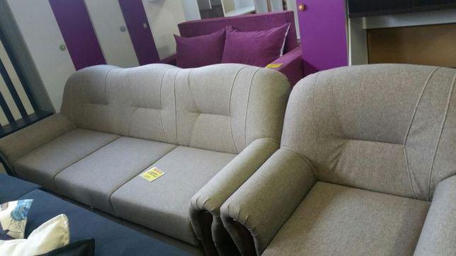 Set canapea extensibila si doua fotolii