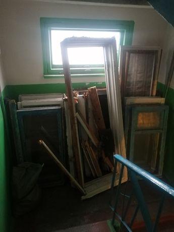 Дрова с окон квартиры