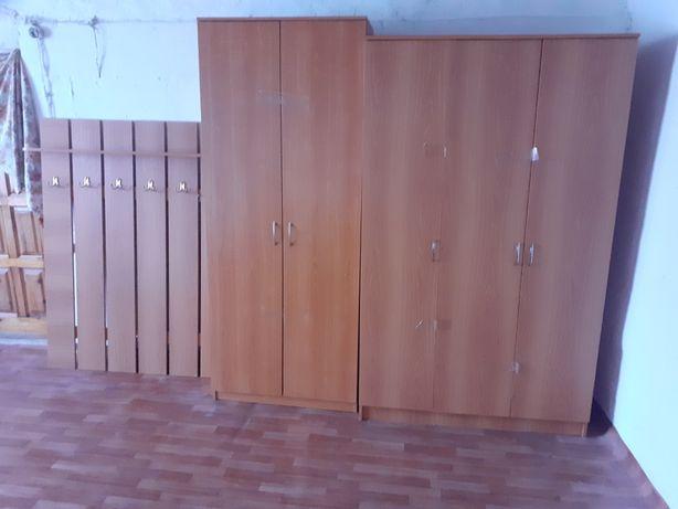 Прихожей шкаф