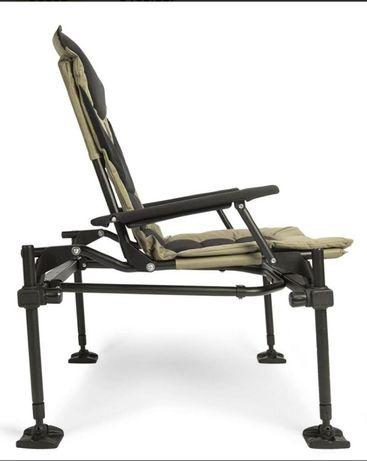 продам фидерное кресло Korum