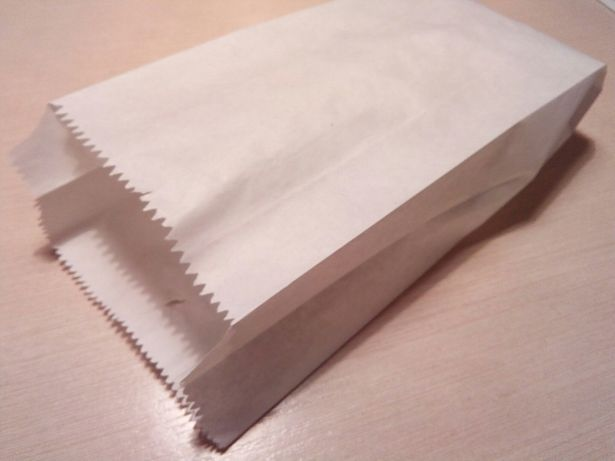 Пакет бумажный. 120 тг. 10 шт.