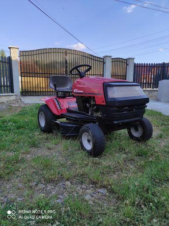 Vand Tractor Tractoras tuns iarba gazon livada
