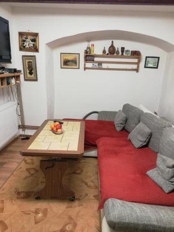 Vand apartament la casa Cisnadie- central sau schimb cu casa la tara