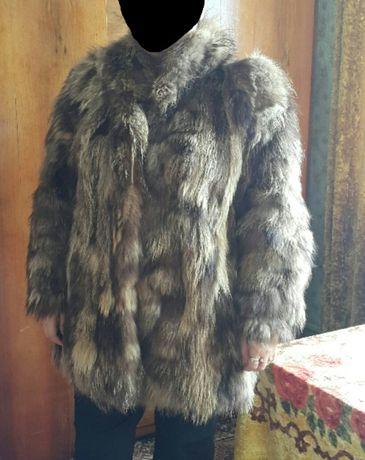 Дамско палто от енот