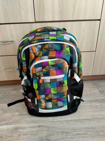 Продам рюкзак школьный.
