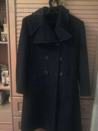 Пальто женское осеннее р.42-44.