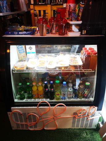 Продам витрину холодильник