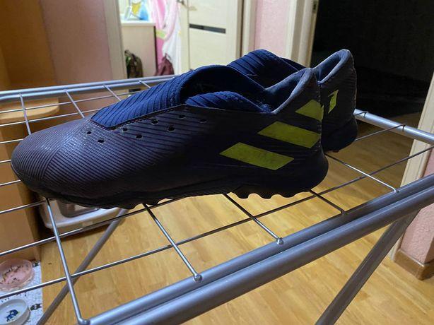 Оригинальные сороконожки Adidas Messi