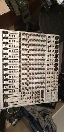 Mixer audio Behringer ub2222fx pro