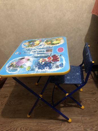 Столик со стульчиком