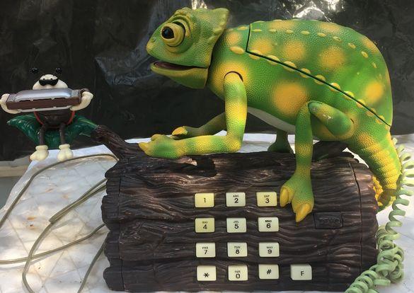 Оригинален телефон,купуван от Англия