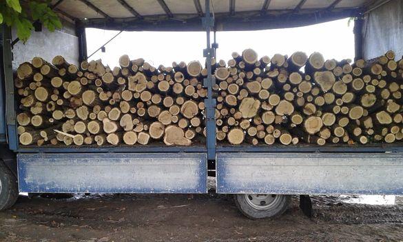 Продавам дърва за огрев