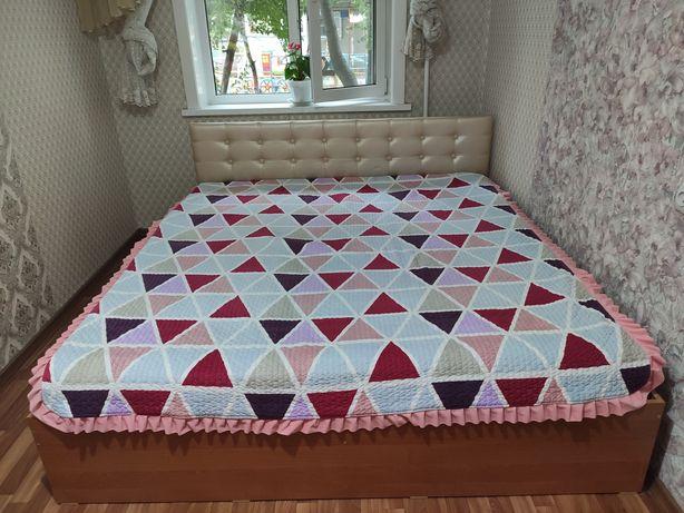 Кровать 180х200.