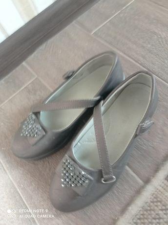 Туфли хорошие не испорченный