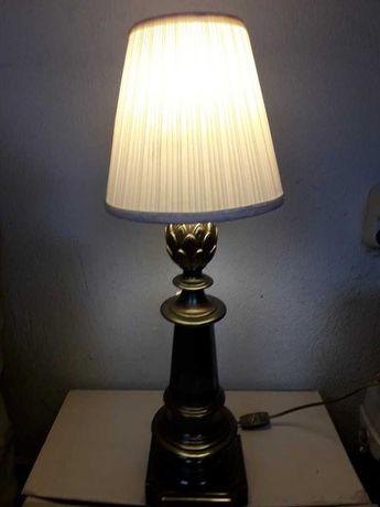Ретро настолна месингова лампа