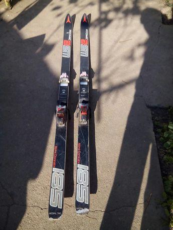 Ски Атомик австрийски