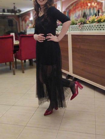Платье чёрные очень красивые