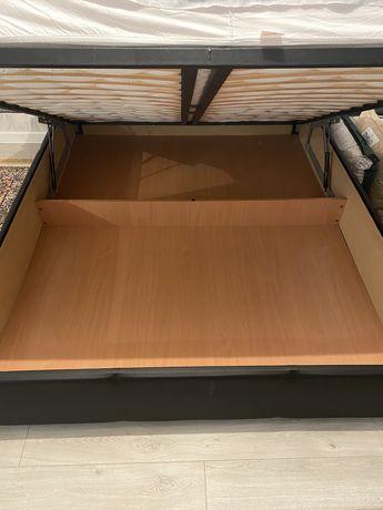 Продам кровать с подъемным механизмом и отсеком для хранения