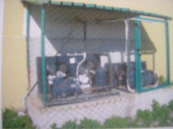 Продавам оборудване/инсталация/ за хладилни камери 55 кв.м и 100 кв.м