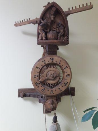 Чешки стенен изцяло дървен часовник