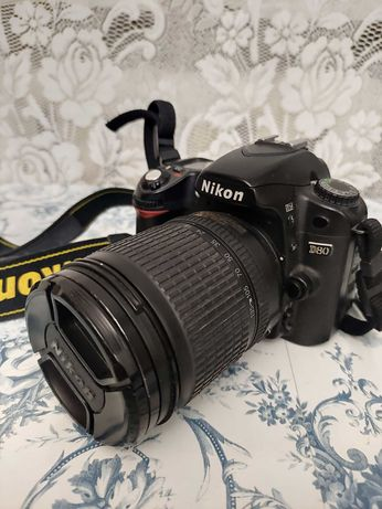 Фотоаппарат Nikon D80 Kit зеркальный полупрофессиональный