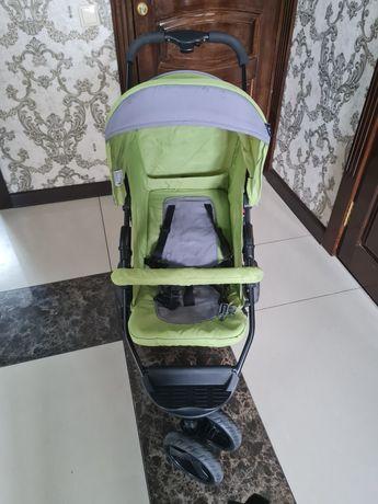 Продаётся прогулочная коляска в хорошем состоянии