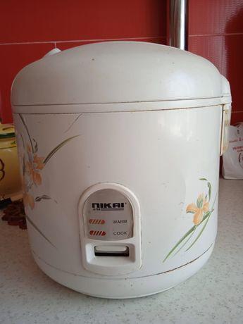 Продается рисоварка